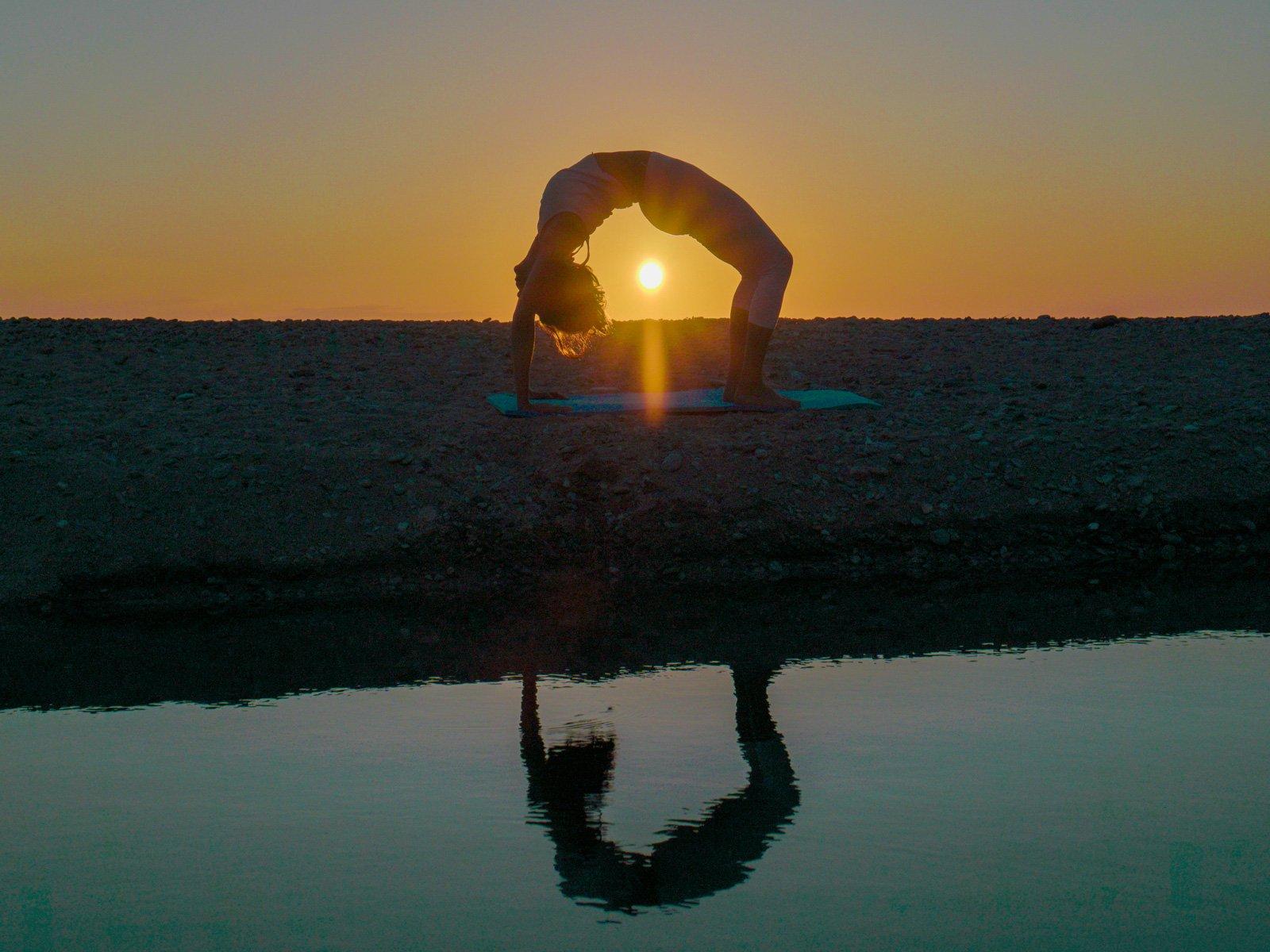 yoga-hatha-praktiki-ikaria