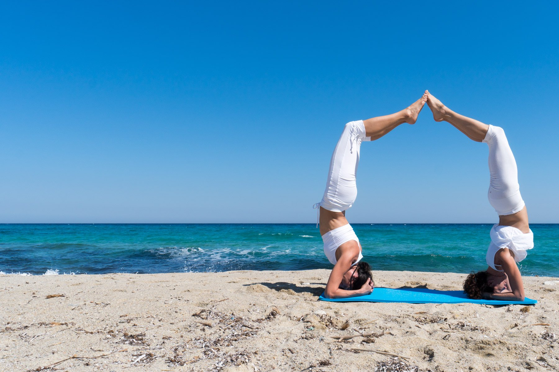 yoga-ikaria-home-header